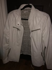 New condition  Danier leather jacket size large Georgina, L0E 1S0