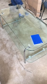 Glass coffee table  Montgomery Village, 20886