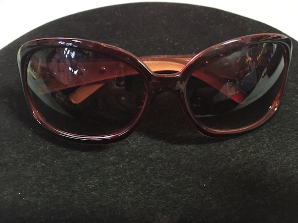 5b5843e057 Used Nice Ladies Sunglasses Never Worn!  10 Must Pickup In McDonough for  sale in McDonough - letgo
