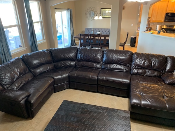 Terrific Leather Couches With Electrical Recliner Dailytribune Chair Design For Home Dailytribuneorg