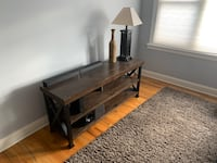Tv stand Chicago, 60626