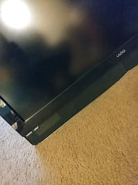 "42"" vizio tv no stand. wall mounted  Fairfax, 22031"