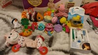 assorted color plastic toys lot Repentigny, J5Y 3H7
