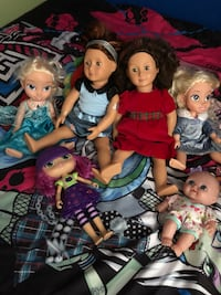 three assorted dolls with dresses Lawrenceville, 30045