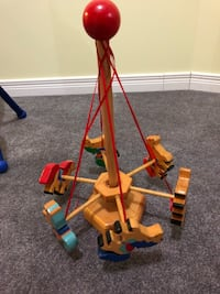 Wooden spin toy  New Tecumseth, L0G