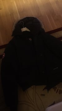Svart zip-up jakke 6249 km