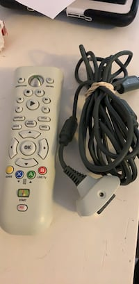 Xbox 360 remote and charger  Milton, L9T 1V7