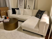 Beige sectional sofa (6 months old) great condition Coral Gables, 33158