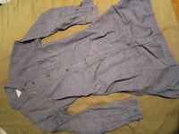 gray button-up long-sleeved shirt Mississauga, L5B 3N8