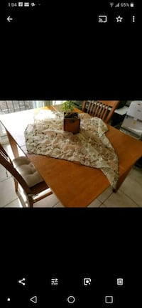 Dining table  Mississauga, L4Z 3S7