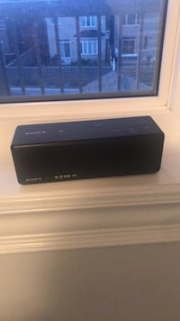 black and gray Bose portable speaker Vaughan, L0J 3Y4