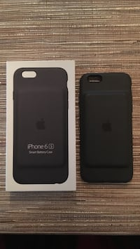 Black iPhone 6s battery case
