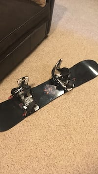 Ride bindings and snowboard  Bedford, B4A 4G5