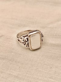 Mother of Pearl Sterling Silver Ring Arlington, 22204