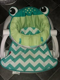 Baby's green and white chevron sit me up Bourg, 70343