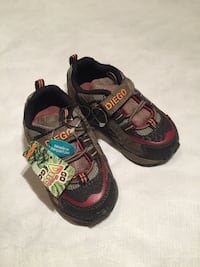 Toddler shoes size 7 New London, N6M 0E5
