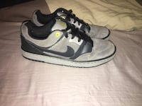 Good used condition Nikes. Men's size 9.5   Windsor, N8Y 2P4
