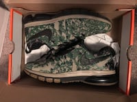 Selling Nike Fingertrap Max  543 km
