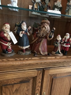 Santa Claus ceramic figurines