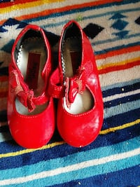 pair of red leather shoes Odessa, 79764