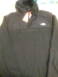 Brand new 2XL North Face quarter zip jacket Chesilhurst, 08089