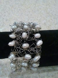 Authentic Pearl bracelet with silver