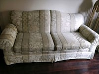 Loveseat and Sofa  Scarborough, M1G