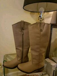 Taupe high boots  Surrey, V3S