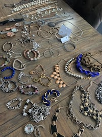 Bulk mix jewelry! Necklace, watches, bracelet etc Port Coquitlam, V3B 0K7