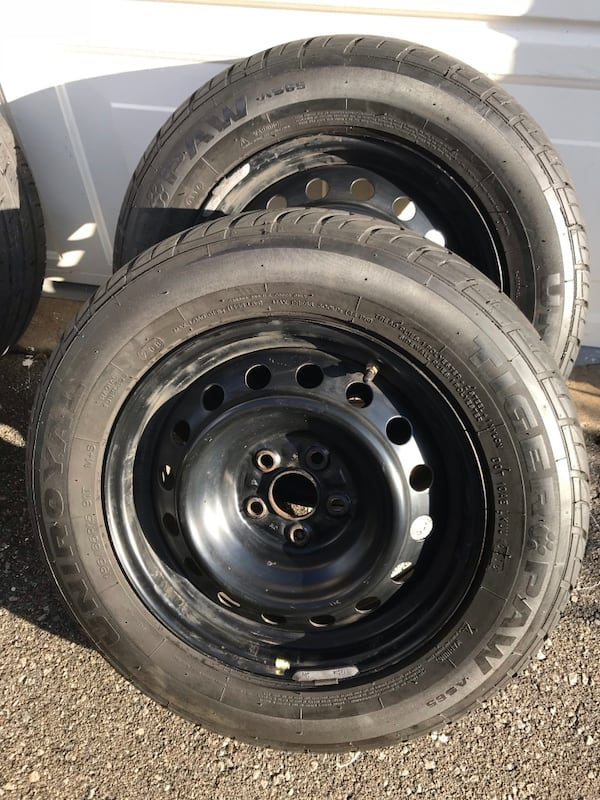 4 Steel Rims + All seasons tires used condition 5fc95809-f492-4159-9a4f-8be3f21ce650