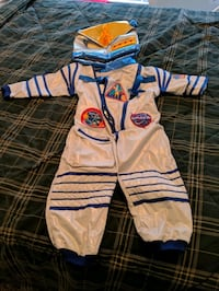 2 piece astronaut costume for kids size 3-4