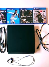 *PERFECT CONDITION* PS4 SLIM 1TB Vaughan, L4H 1L8