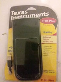 LIKE NEW Texas Instrument Graphing Calculator