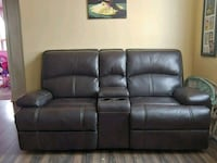 black leather 3-seat recliner sofa Toronto, M6L 2N2