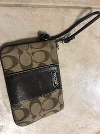 AUTHENTIC COACH WRISTLET Toronto, M3K 1B2