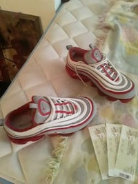 Nikes size 7y  9/10 condition  Baltimore, 21216