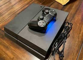 Used play station4