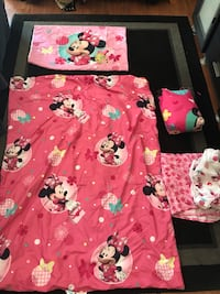 Toddler and crib bed sheet sets