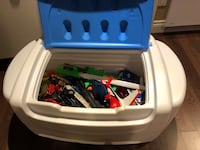 Little Tikes toy chest with toys  Laval, H7E 4Y8