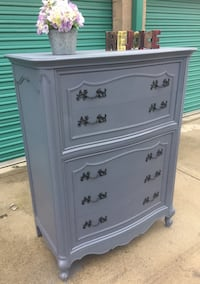 Shabby chic French Provincial Tall Dresser/Chest ofdrawers San Bernardino, 92408