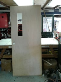 Heavy solid wooden venneer door 35 1/2 x 83  Cortland, 44410