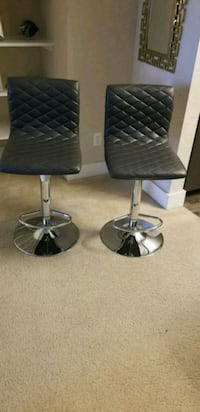 Adjustable Height Swivel Bar Stool 26 km