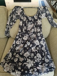 Gorgeous flattering dress Pickering, L1W 3R3