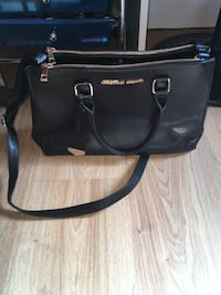 Christian siriano bag  Welland, L3C