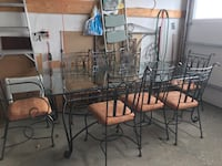 Kitchen table set. 6 chairs with 2 arm chairs.  Vaughan, L4H 1Z8