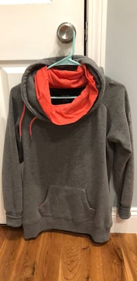 gray and red pullover hoodie Dracut, 01826