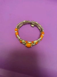 gold-colored and pink beaded bracelet 353 mi