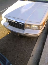 Lincoln - Town Car - 1991 classic Capitol Heights