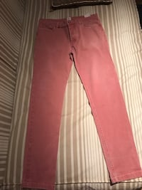 Pantalon slim rojo Madrid, 28043