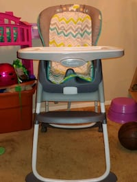 Baby High chair Fort Meade, 20755